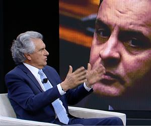 Ronaldo Caiado defende o direito de Aécio Neves se explicar no Senado