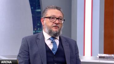 """Porte de armas: """"Foram décadas de demonização"""", analisa especialista"""
