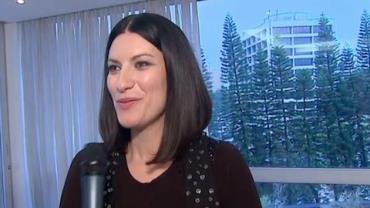 Laura Pausini explica como ''adotou'' criança brasileira