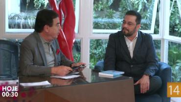 Programa Amaury Jr. traz o escritor e pesquisador espírita Guilherme Velho