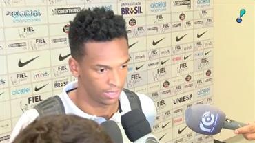 Corinthians toma sufoco do Flamengo, mas mantém sequência invicta