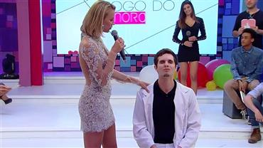 "Gata detona xaveco de pretendente no ""Jogo do Namoro"""