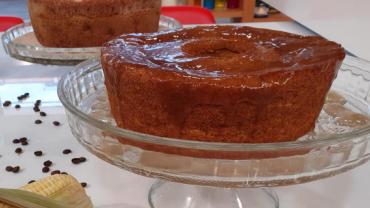 Convidada de Edu Guedes faz receitas de bolos de laranja, milho e tapioca