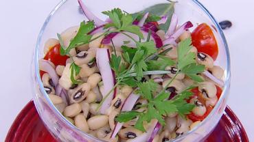 Edu Guedes ensina a preparar receitas variadas com feijão