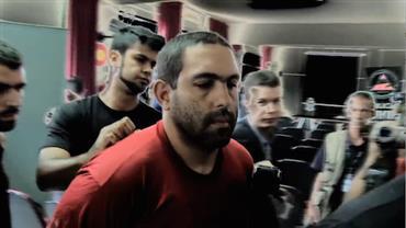 """Assassino de cabeleireira de MG circula """"livre"""" pelas ruas de BH"""