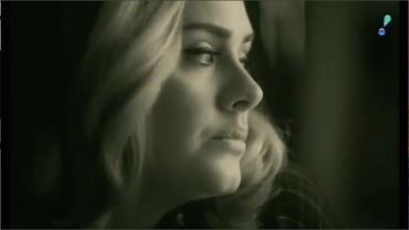 Adele é confirmada como atração do Grammy