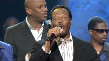 Astro da música gospel Edwin Hawkins morre aos 74 anos