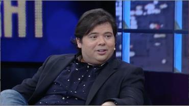 Gustavo Mendes diz que foi à hidroginástica de maiô para fazer amizades
