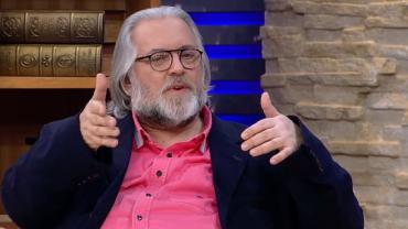 """""""Eu vi um teste do sofá"""", garante o jornalista de celebridades Leão Lobo"""