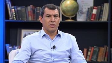 """""""Sempre trago algo de todos os técnicos que eu tive"""", admite Fábio Carille"""