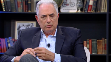 "William Waack: ""Perspectiva positiva com o papel dos militares no governo"""