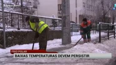 Baixas temperaturas causam problemas na Europa