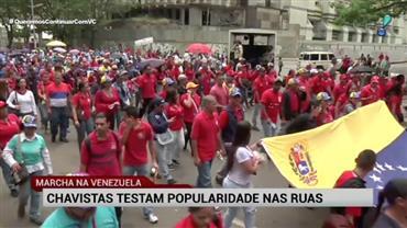 """Chavistas marcham em protesto contra """"ingerência externa imperialista"""""""