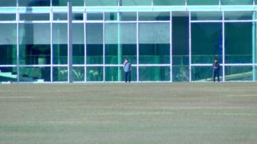 Bolsonaro está bem de saúde e realiza reuniões virtuais, diz assessoria
