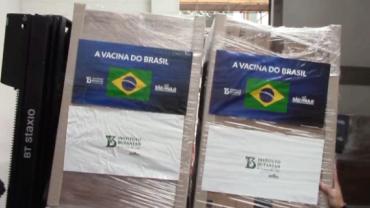 São Paulo volta a entregar CoronaVac ao Ministério da Saúde