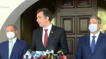 Guedes, Lira e Pacheco buscam saída para precatórios