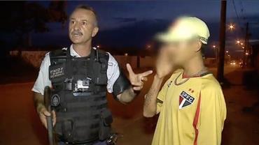"""Menor furta casa e chora ao ser detido: """"Chama minha mãe'"""