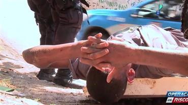 Traficante é preso com fuzil de alcance de um quilômetro
