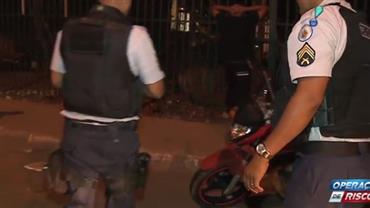 """""""Achei ali embaixo"""", diz ladrão sobre moto roubada"""