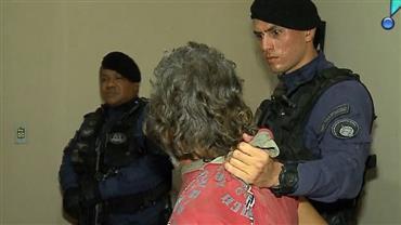 """Idoso é detido por tráfico e confessa: """"A vida na cadeia é mais fácil"""""""
