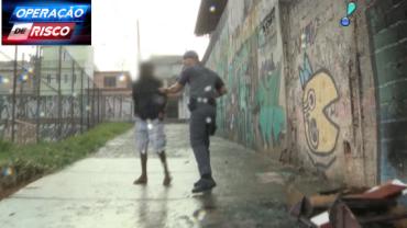 """Traficante tenta correr, mas é detido: """"Fui pego, já era"""""""