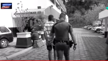 """Forjou"": Menor detido por tráfico tenta por a culpa na PM"