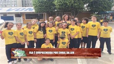 Coral da LBV faz surpresa para Faa Morena no Ritmo Brasil