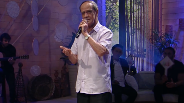 Empurrão da Faa: cantor solta o vozeirão em clássico de Nelson Gonçalves