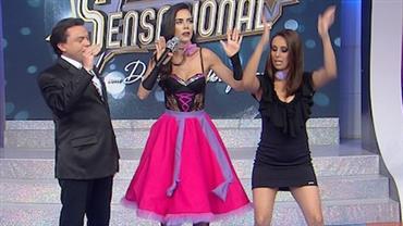 """Daniela Albuquerque aprende a dançar os passos da """"Sarrada"""""""