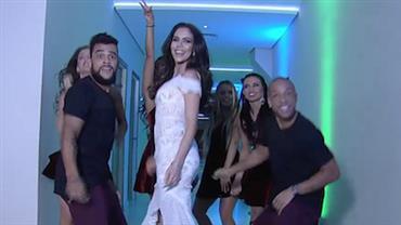 """Daniela Albuquerque faz """"tour"""" pela RedeTV! ao som de Lulu Santos"""