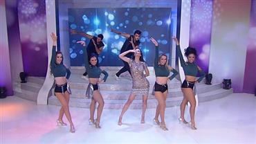 Daniela Albuquerque dança sucesso de Nego do Borel