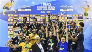 Sada Cruzeiro vence Funvic Taubaté e conquista Superliga; 2 últimos sets
