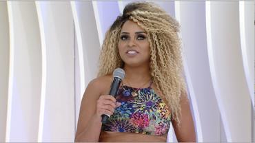 Erika Canela explica por que teve o bumbum censurado em escola de samba