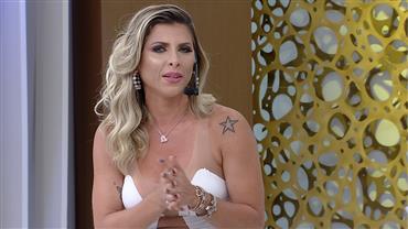 Ana Paula Minerato admite convite para 'book rosa' e nega bissexualidade
