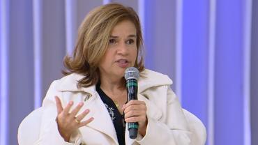 """Melhor coisa que tem"", diz Claudia Rodrigues de remédio à base de maconha"
