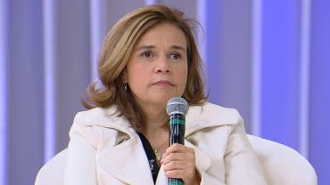 "Claudia Rodrigues nega mágoa de antiga emissora e avisa: ""Quero trabalhar"""