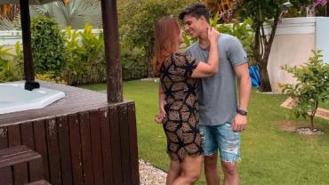 Mãe de Neymar viaja para Cancún com ex-namorado, diz repórter