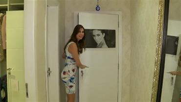 Júlia Pereira invade camarim de Daniela Albuquerque