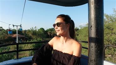 Júlia Pereira elege montanhas-russas mais emocionantes da Flórida