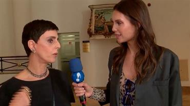 Júlia Pereira confere desfile de Gloria Coelho