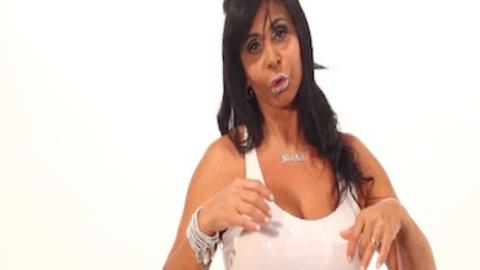 Gretchen apanhava do pai alco�latra