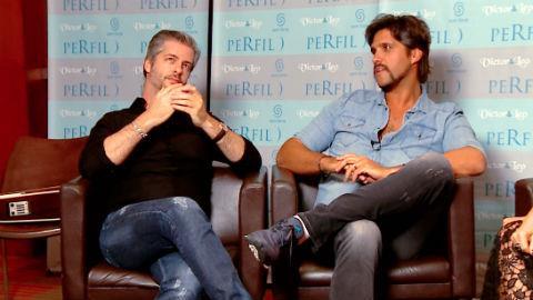 Victor e Leo contam que h� 20 anos a dupla tocava na pra�a