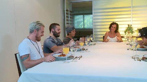 Cine enfrenta desafio de etiqueta � mesa no Ritmo Brasil (5)